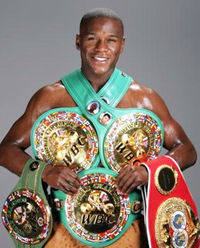 3 VALUABLE LESSONS FROM FLOYD MAYWEATHER JR.